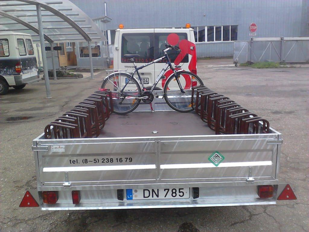 priekaba dviračius vežti