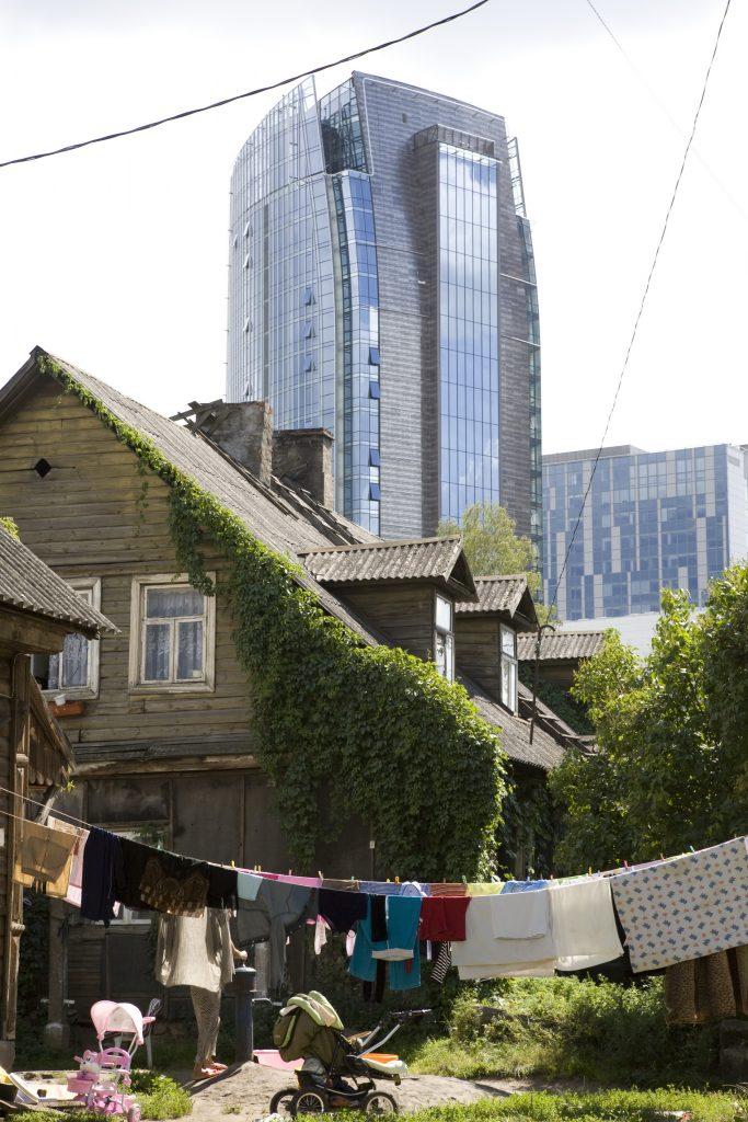 zum Abriss vorgesehene Holzhäuser der