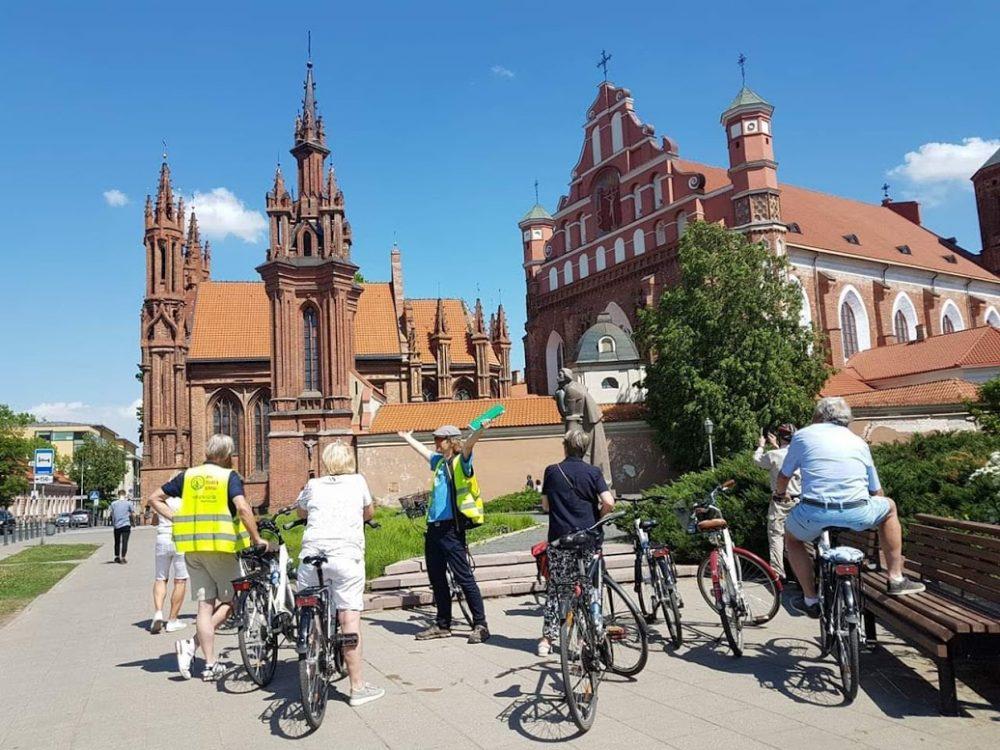 Vilnius bike tour @StAnn's church
